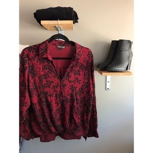 Rock & Republic Back and Red Blouse